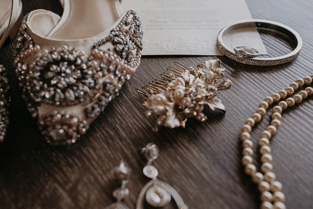 Wedding jewelry and accessories. Photographed by Nicole Leanne Photography.