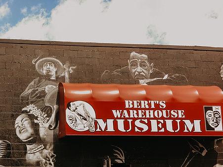 Berts Warehouse Museum_Detroit-Wedding-V