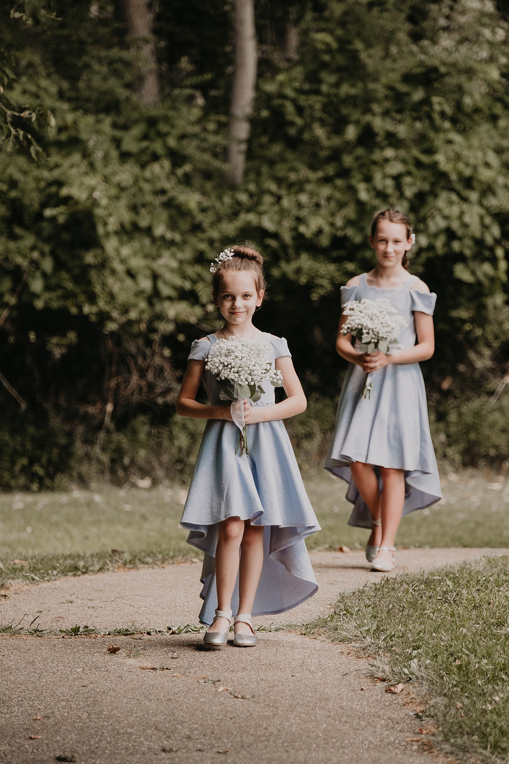 Junior bridesmaids at Metro Detroit wedding. Photographed by Nicole Leanne Photography.