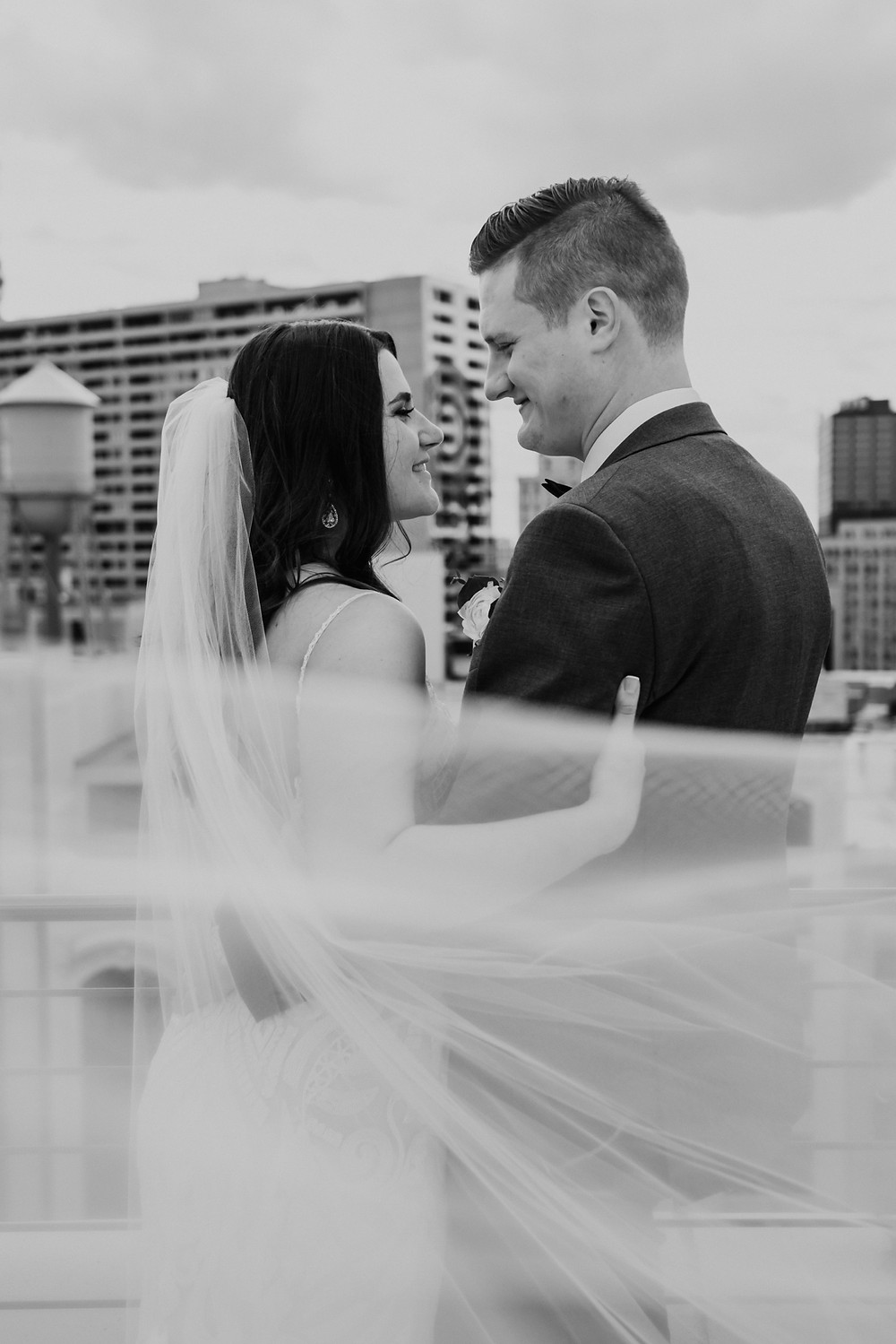 Bride and groom wedding day photos in Detroit. Photographed by Nicole Leanne Photography.