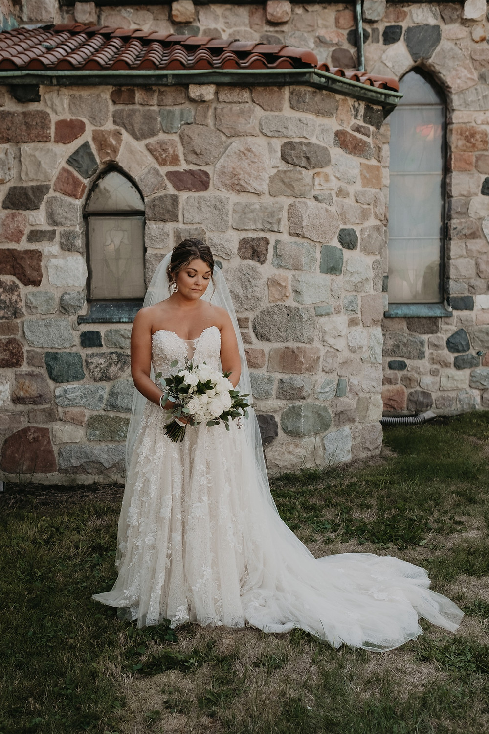 Wedding day bridal portrait. Photographed by Nicole Leanne Photography.