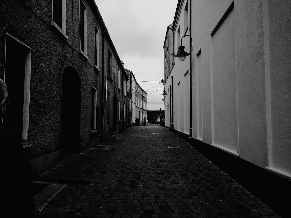 ireland, alleyway