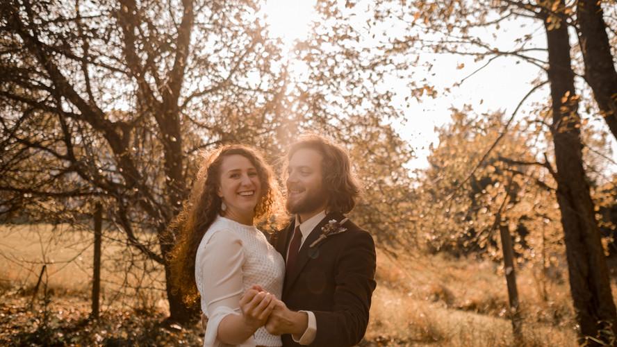 missy+tyler_backyard-barnyard-wedding_el