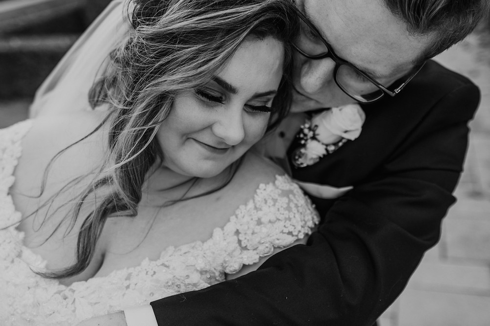 Downtown Rochester Michigan wedding. Photographed by Nicole Leanne Photography.
