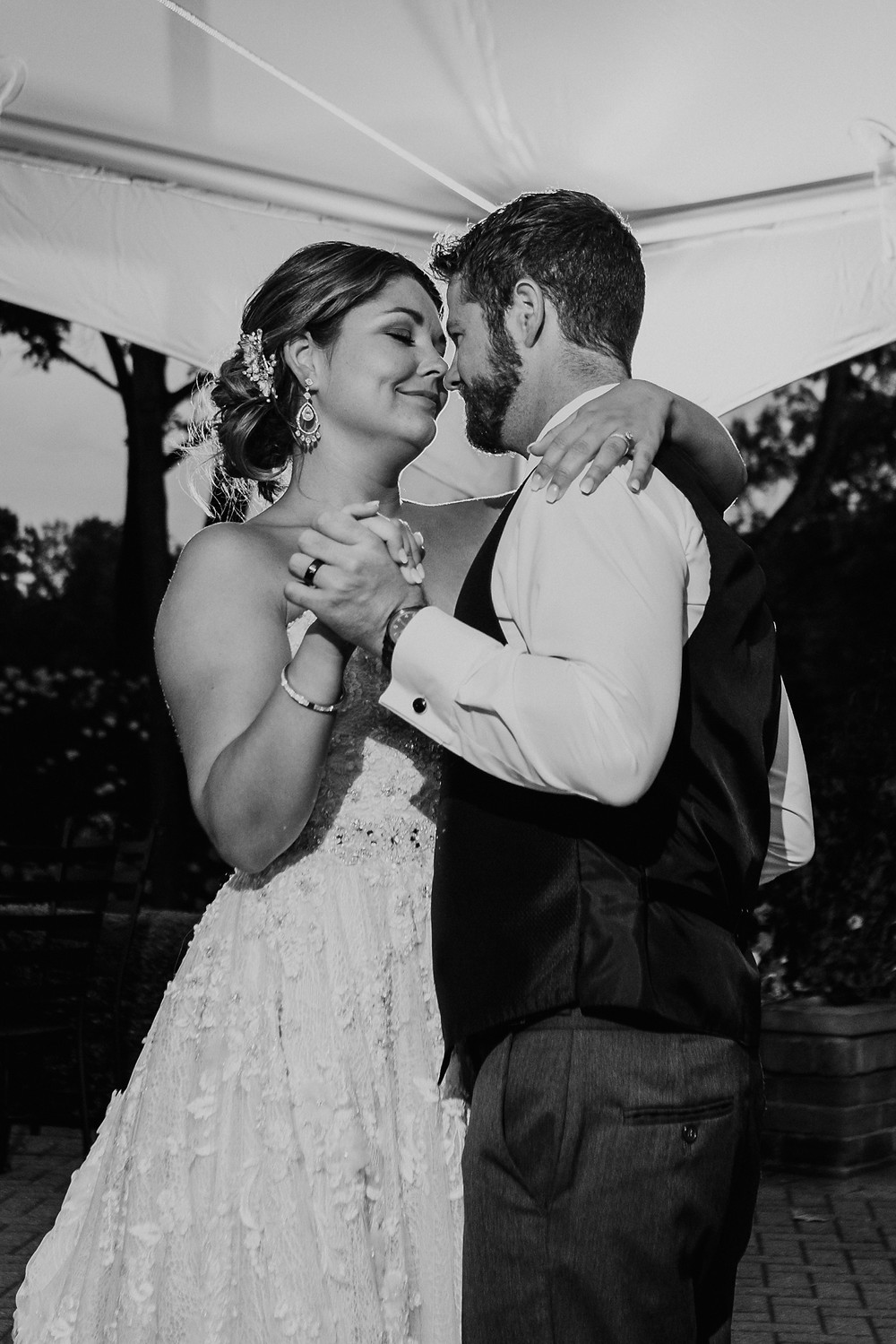 First dance as married couple in Metro Detroit. Photographed by Nicole Leanne Photography.