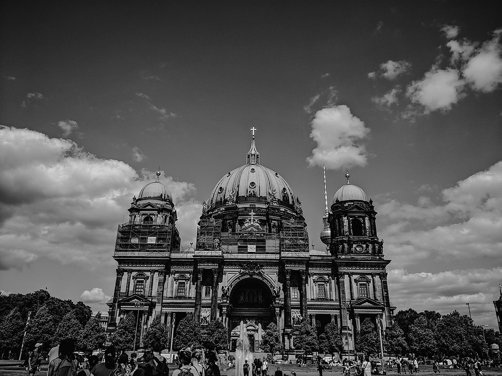 Berlin architecture in black and white. Photographed by Nicole Leanne Photography.