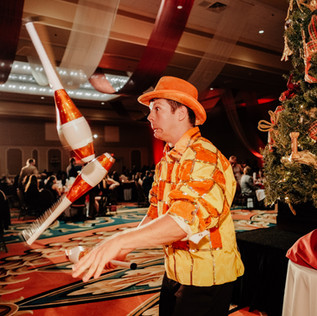 Tampa Cirque Performer - Juggler - Corporate Entertainment