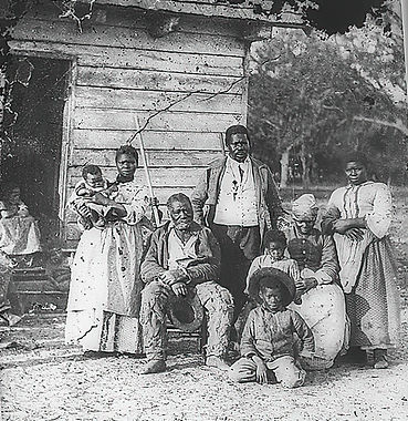 Family_of_African_American_slaves_on_Smi