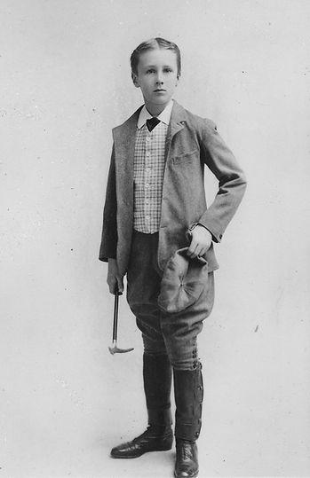 Franklin_D._Roosevelt_Age11_NARA_-_19668