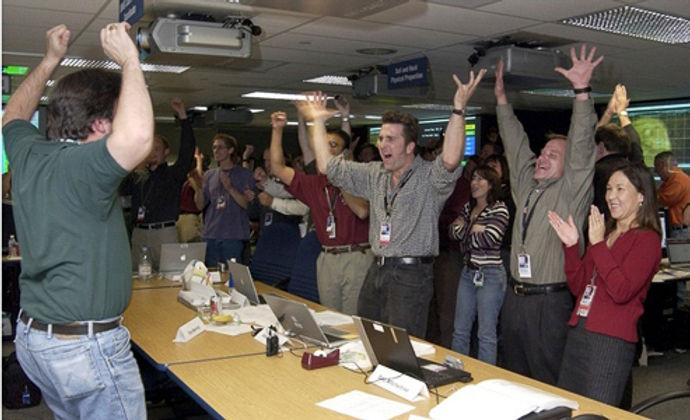 EDL_Team_Landing_Day_THUMB.jpg