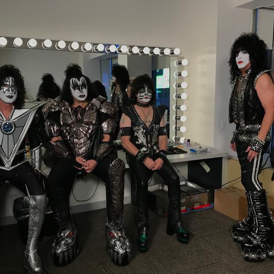 Kiss Backstage