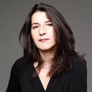 Emmanuelle Biscara - Mezzo Soprano
