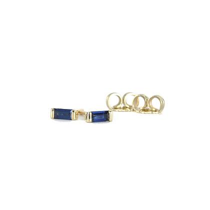 Minimal Blue Sapphire Baguette Studs