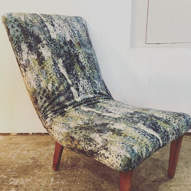 Another chair completed.  Not my usual s