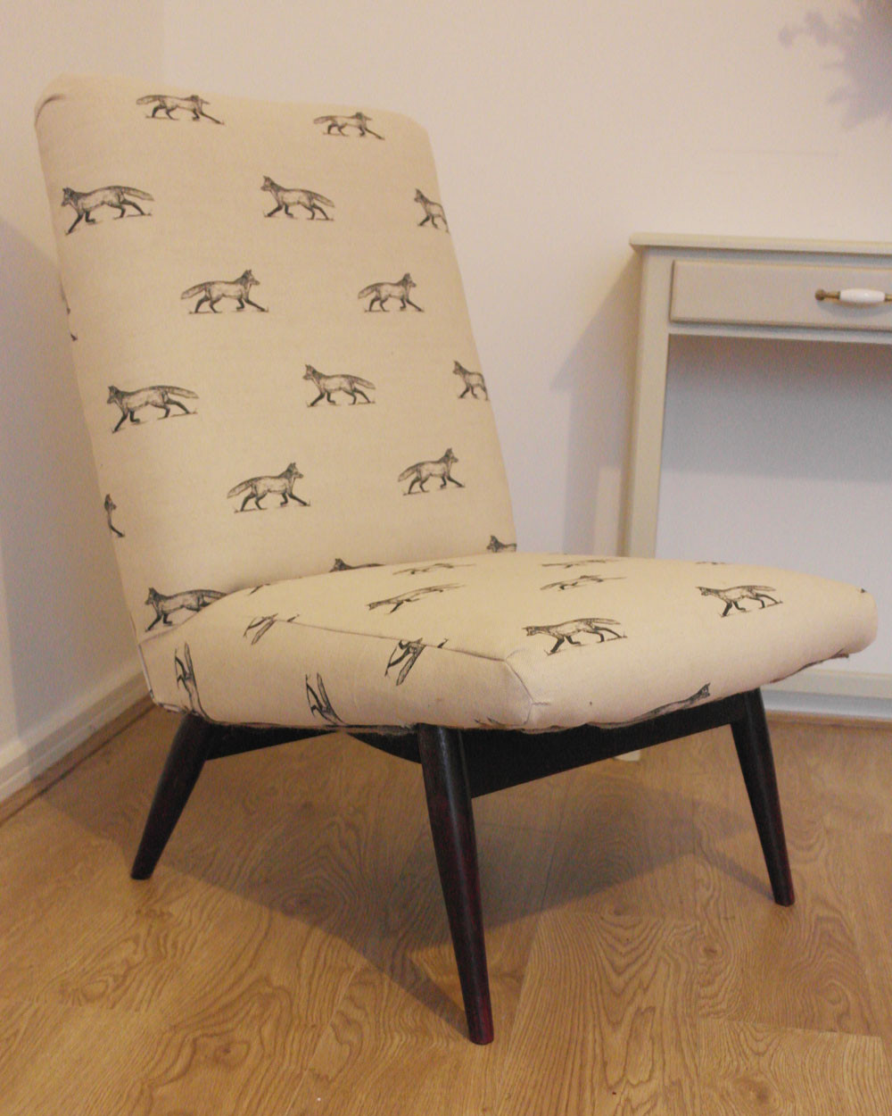 Parker Knoll easy chair in fox print