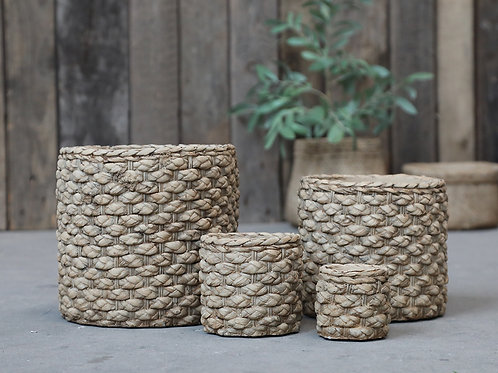 Braided/woven pattern plant pot