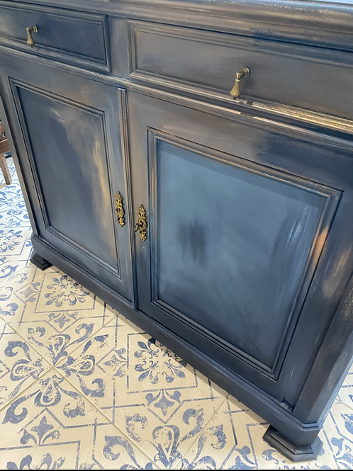 French painted sideboard/cupboard