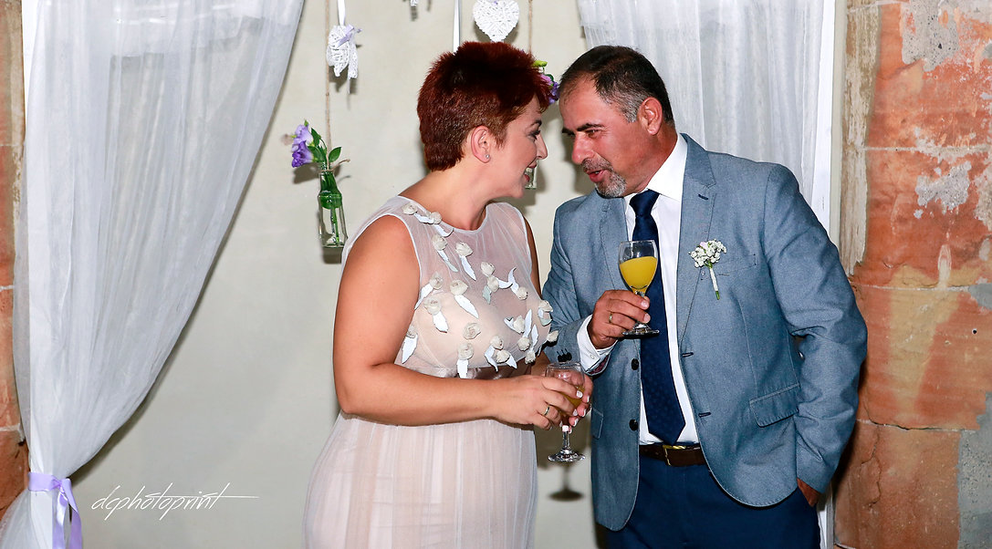 Romantic picture of the marriage couple  | cyprus wedding photographer paphos, wedding photography ideas paphos cyprus