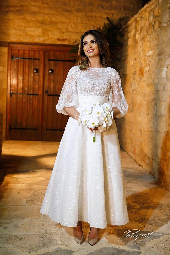 Gorgeous bride on her wedding day in Yermasoyia, Limassol | yermasoyia hotel wedding photography cyprus, wedding photographer yermasoyia cyprus