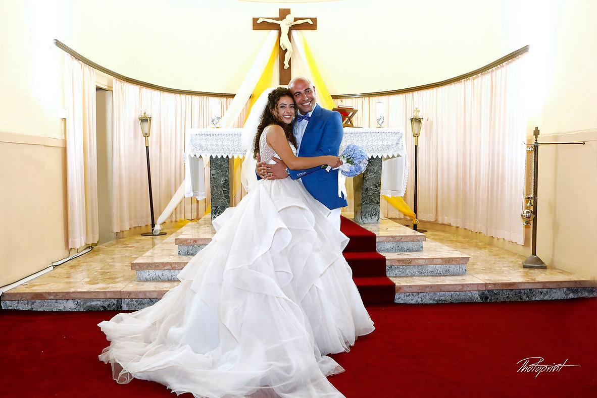 Romantic picture of the marriage couple inside of the  St Joseph church in Larnaca,Cyprus | wedding photographers lebanon - protaras, wedding photographer venues in lebanon, wedding lebanese venues larnaca