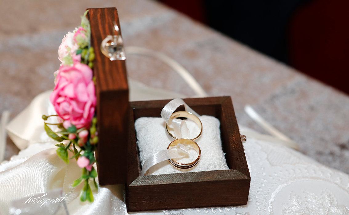 Two golden Beautifull wedding rings in box and rose | Affordable wedding  photography in ayia napa, ayia napa wedding photographers cyprus, wedding photographers ayia napa cyprus