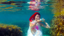 Cyprus wedding Photographer - Underwater wedding photography