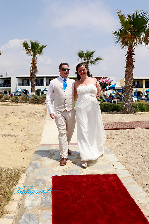 the happy couple is coming for the wedding reception | cyprus dream wedding photography Geroskipou | cyprus weddding photographer paphos, civil paphos wedding photography, cyprus Paphos wedding photography  cost