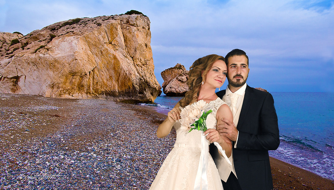 Sunset photo shoot by the beach Petra tou Romiou, Paphos |  Wedding photographer Demetris specialising in the documentary style wedding photography. He is one of the best professional cyprus wedding photographers for exceptional beautiful wedding pictures