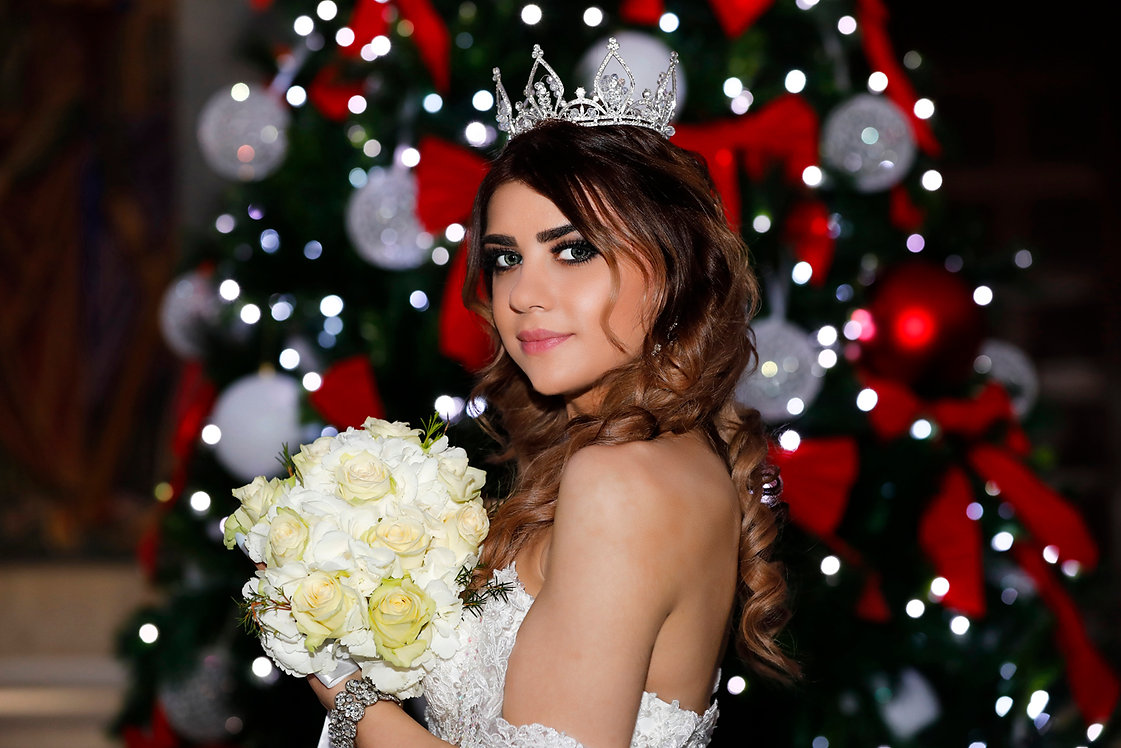 Portrait of lebanese beautiful young bride with a beautiful wedding bouquet after the church ceremony  |  destination larnaca weddings, larnaca weddings, weddins in larnaca, larnaca wedding photographers