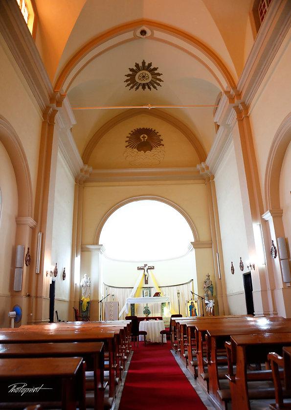 the inside of the  St Joseph church in Larnaca,Cyprus |  larnaca municipality weddings, city hall Protaras wedding photography, cyprus wedding photographer