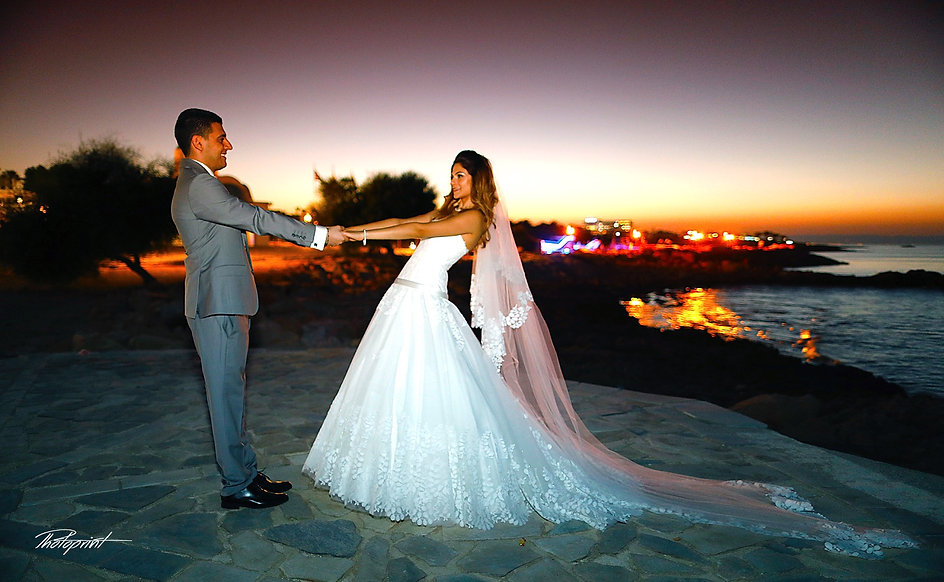 We offer a fantastic choice packages of wedding abroad photography, for an unforgettable wedding at Protaras