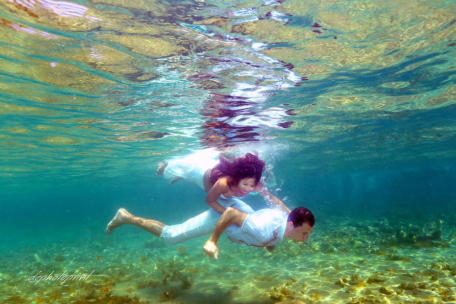 If you are looking for wedding abroad then visit this fantastic site with expert Cyprus wedding Photographers advice to ensure you have the most amazing Wedding Photos !!!