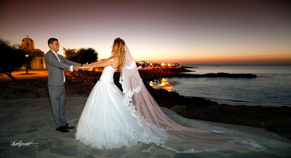 Moon rise with starry sky, bride and groom at Protaras sea beach without Waves | wedding portfolio