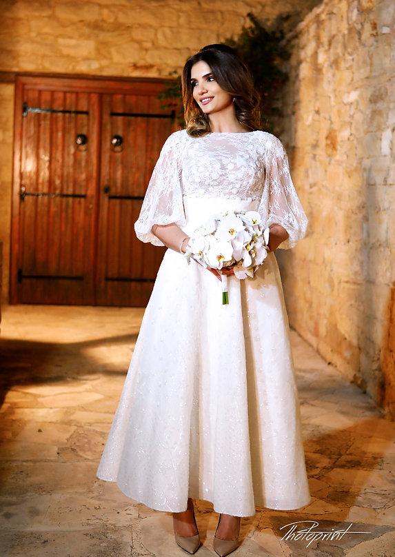 Gorgeous young bride with dark hair in elegant wedding dress | yermasoyia  best wedding photos cyprus, yermasoyia best wedding photography photographer