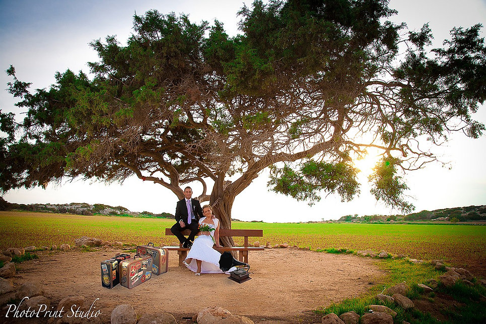 Andreas and Anna's  Beatiful Wedding took place in Cyprus and the Amazing photoshooting by the beach took place at Ayia Napa area cyprus