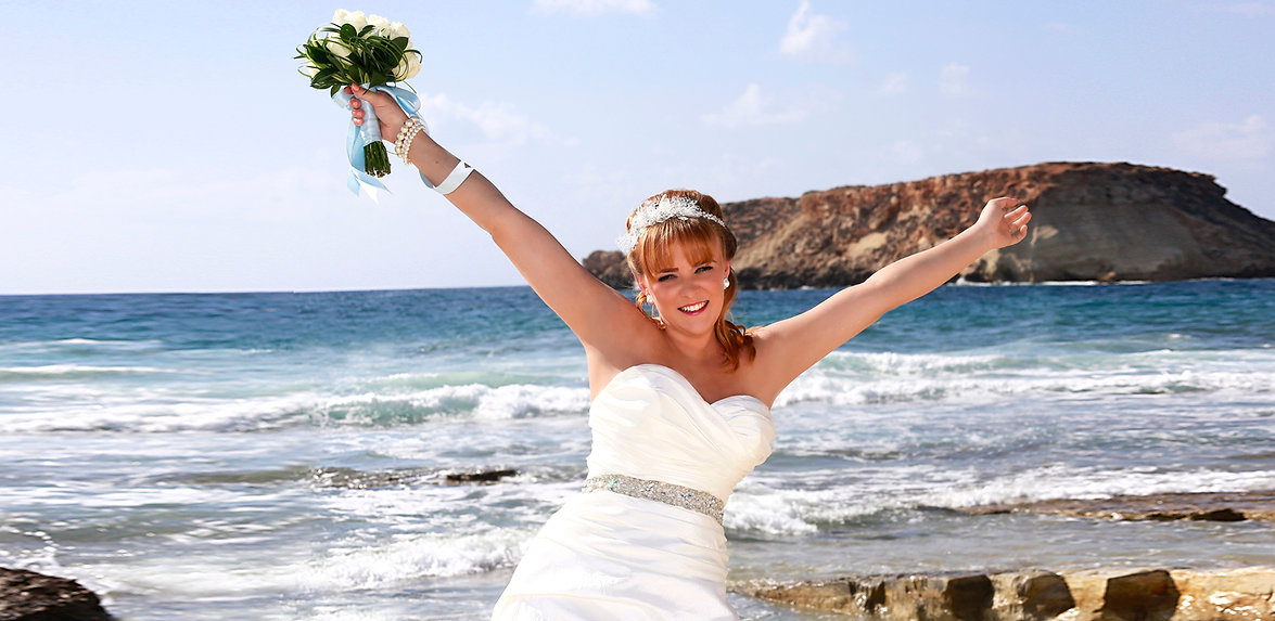 Bride Photography at the coral beach paphos |  Get prices for wedding photography at Paphos, Limassol, Larnaca, Ayia napa, protaras, and all over in Cyprus. Happy to travel!!!
