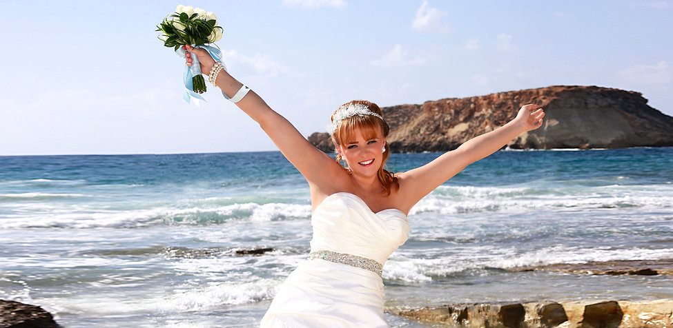 Bride Photography at the coral beach paphos |  Get prices for wedding photography at Paphos, Limassol, Larnaca, Ayia napa, protaras, and all over in Cyprus. Happy to travel | beach weddings