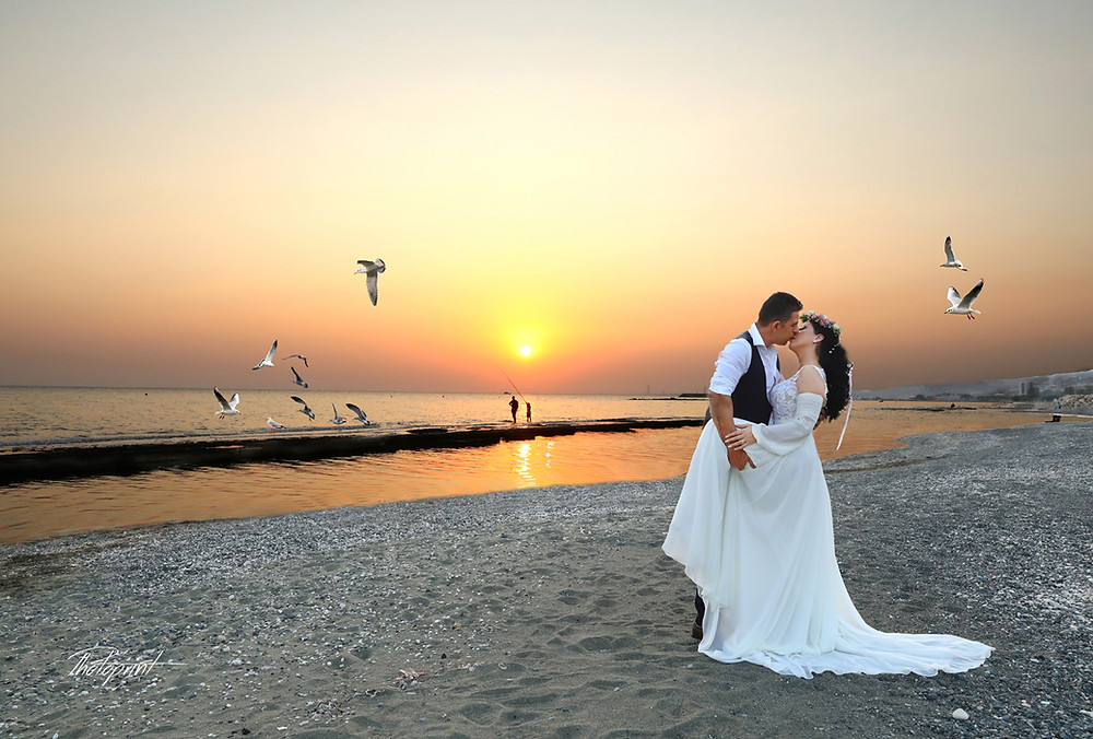 Larnaca wedding photographers - prices- Packages