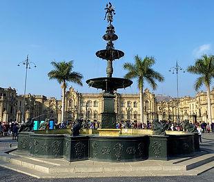 fountain-4585010_640.jpg