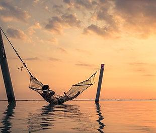 sunset-2058002_640.jpg