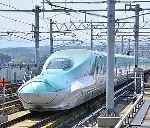 shinkansen-2504783_640.jpg