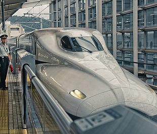 shinkansen-5237269_640.jpg