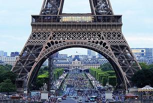eiffel-tower-4416700_640.jpg