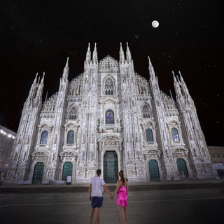 Moonrise at Milan cathedral