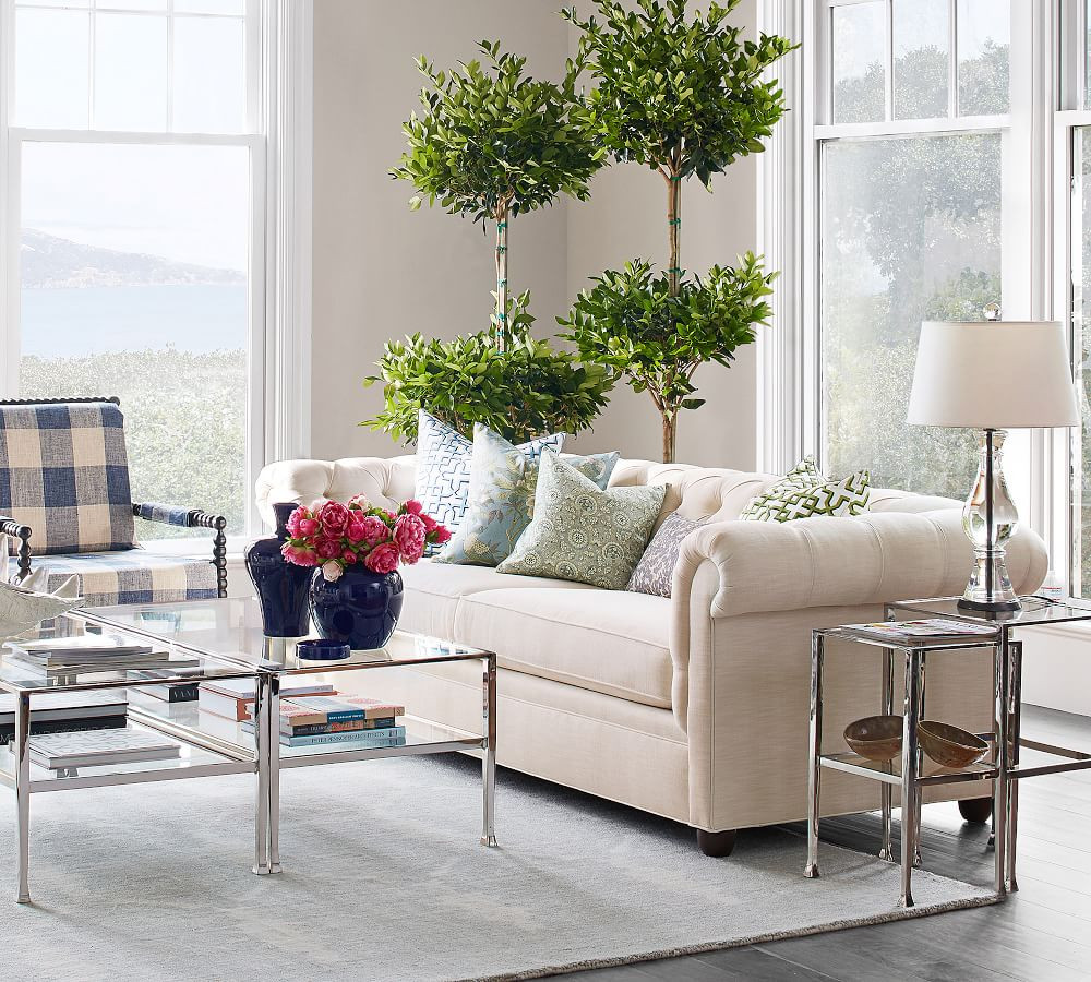 201824_0475_chesterfield-upholstered-sof