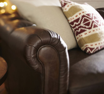201824_0467_chesterfield-tufted-leather-