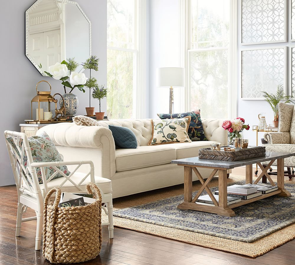 201824_0327_chesterfield-upholstered-sof