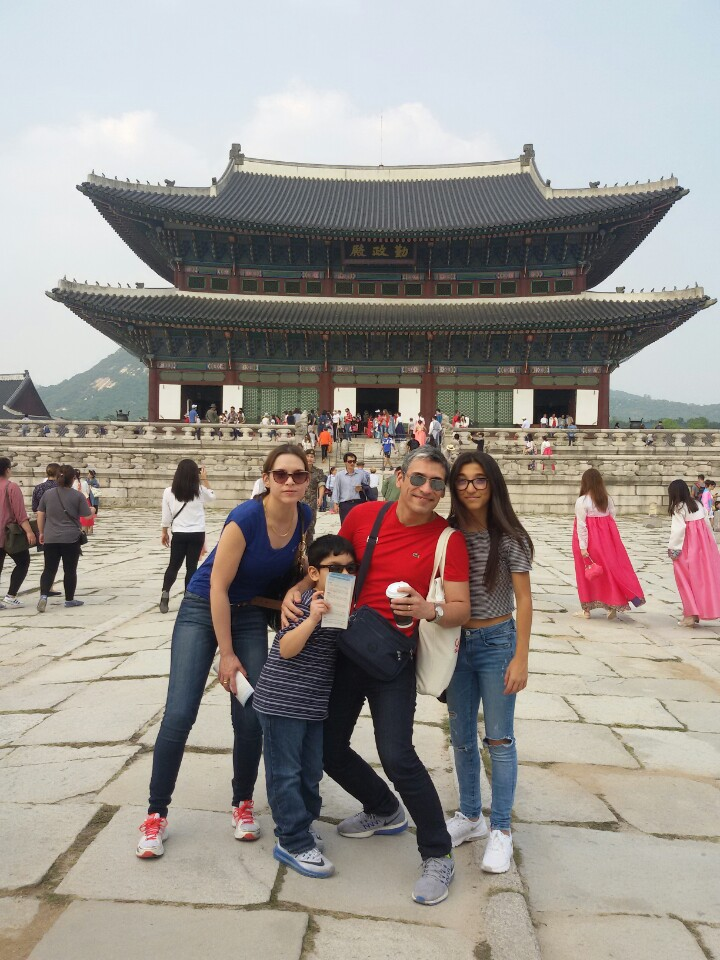 City_Tour_Gyeongbok_Family_Sept2016