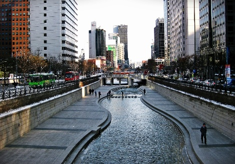청계천-Cheonggyecheon Stream