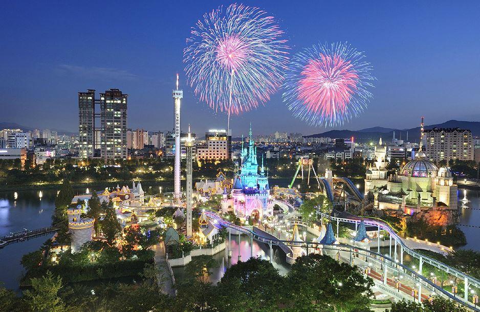 Lotte World Fireworks